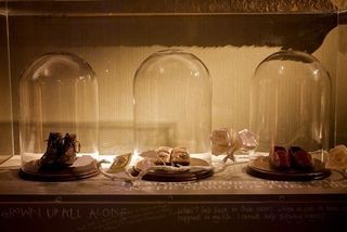 Enchanted_palacewritingtable